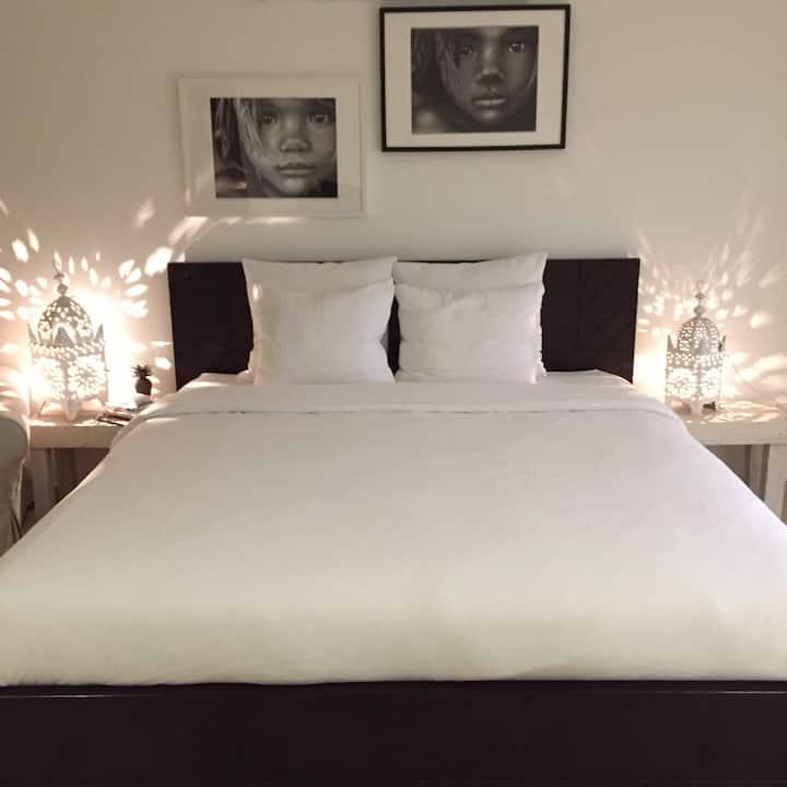 Big master bedroom, Burj khalifa