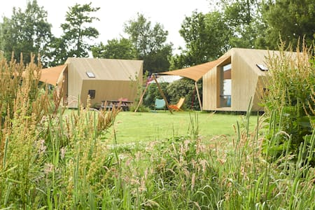 Glamping on cosy campsite Friesland - Ház