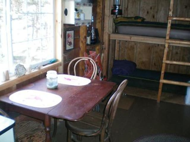 Dining table, bunk beds w/air mattresses