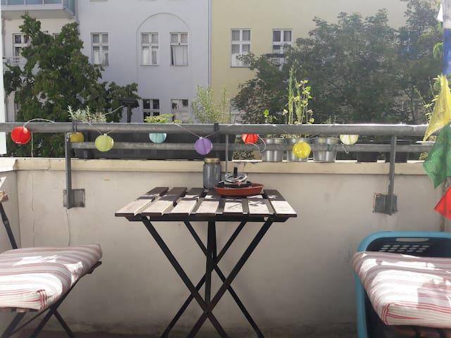 Lovely flat with balcony in Berlin