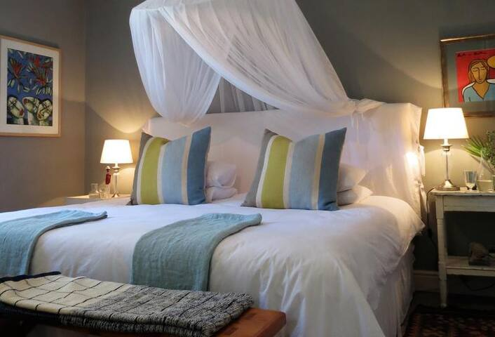Room Frangipani