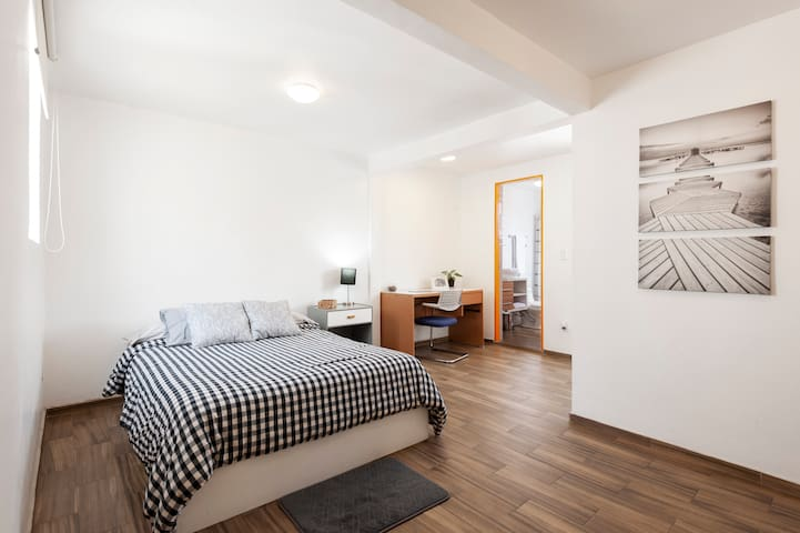 Modern Suite, half a block from Masaryk St.