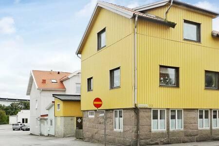 3 personas casa en LYSEKIL