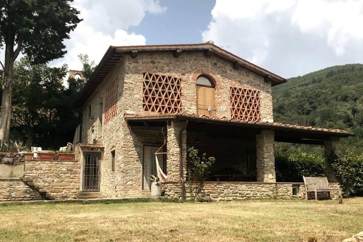 'Old House' inToscane met 100% rust en privacy
