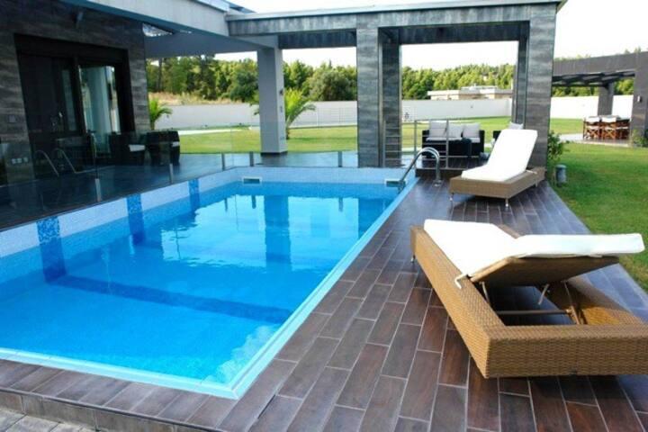 Exclusive Villa in Sani Beach!