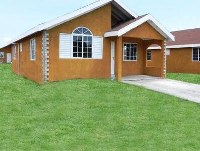 NICE PROPERTY NEAR HISTORIC COLBECK - Old Harbour