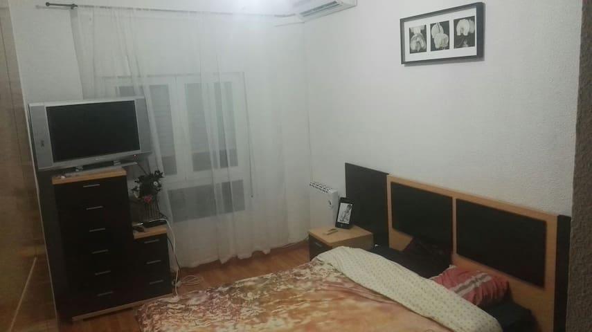 Relax solo para ti.unicamente chicos - Torrejón de Ardoz - Apartment