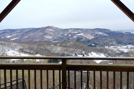 Two-Story Mountain Top Condo with Jacuzzi - Sugar Mountain
