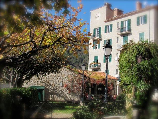 Castillon - Menton  Maritime Alpes - Castillon - Byt