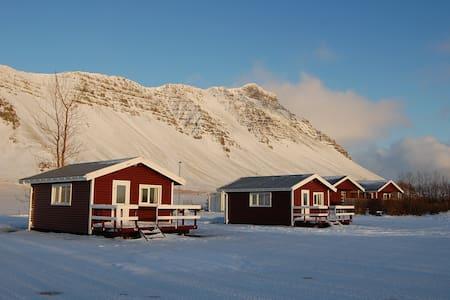Móar Cottages 1