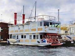 Iconic+paddlewheeler+houseboat+-+Banjo%21
