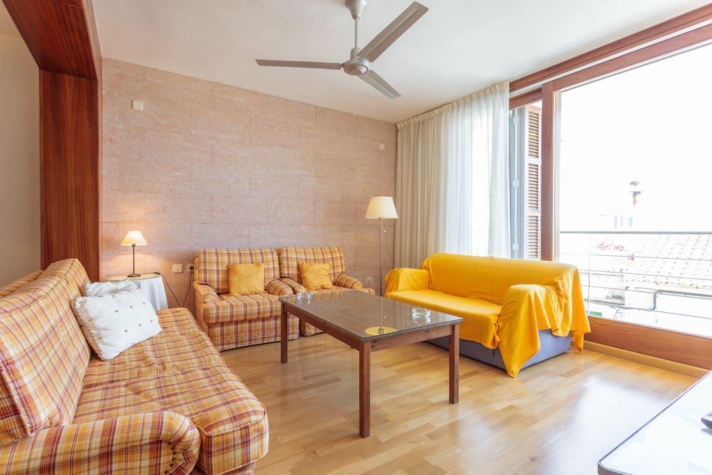 Casa con terraza para 5 y wifi casas en alquiler en for Pisos alquiler felanitx