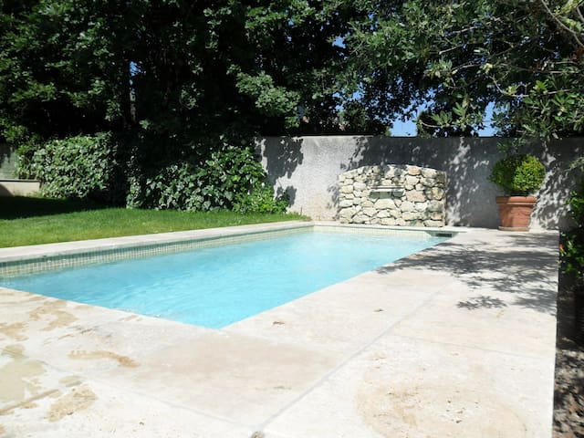 House with private swimming pool - Bouc-Bel-Air - House