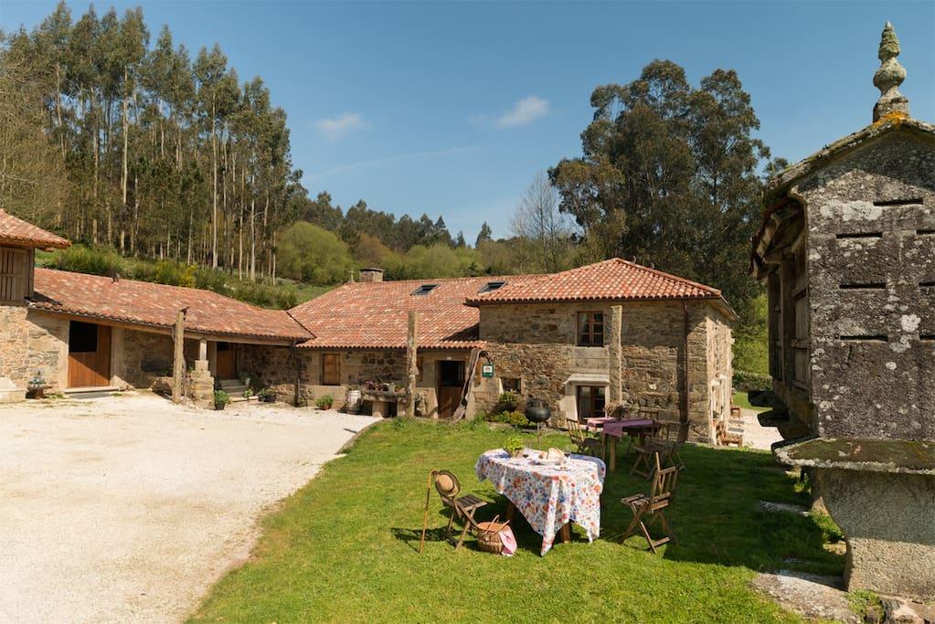 Casa da torre branca ven y disfruta de santiago hot is - Casa rural en rupit i pruit ...
