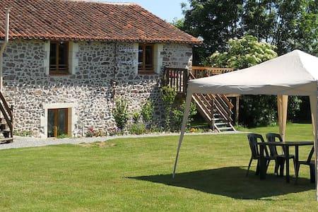 Tranquille Vienne Gites, Charente - Chirac