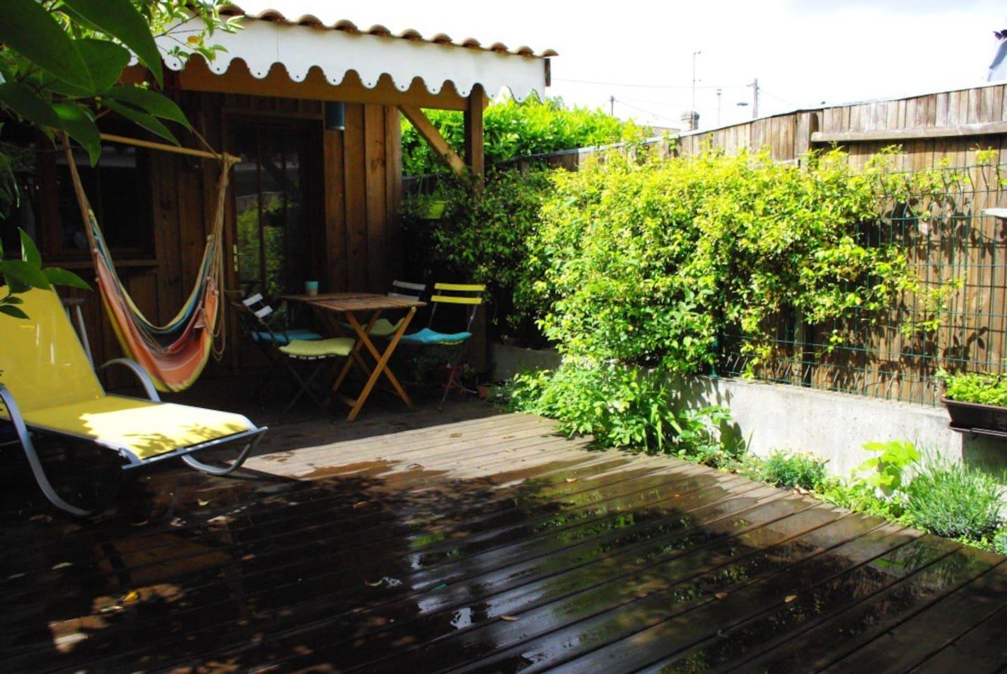 patio, au calme, transats, hamac et plancha