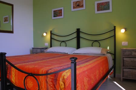 LA RIPA MINI APPARTAMENTO CON CUCIN - Blera - Bed & Breakfast