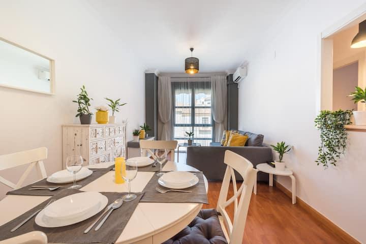 Wonderful flat for 4+2 in the hearth of Malaga
