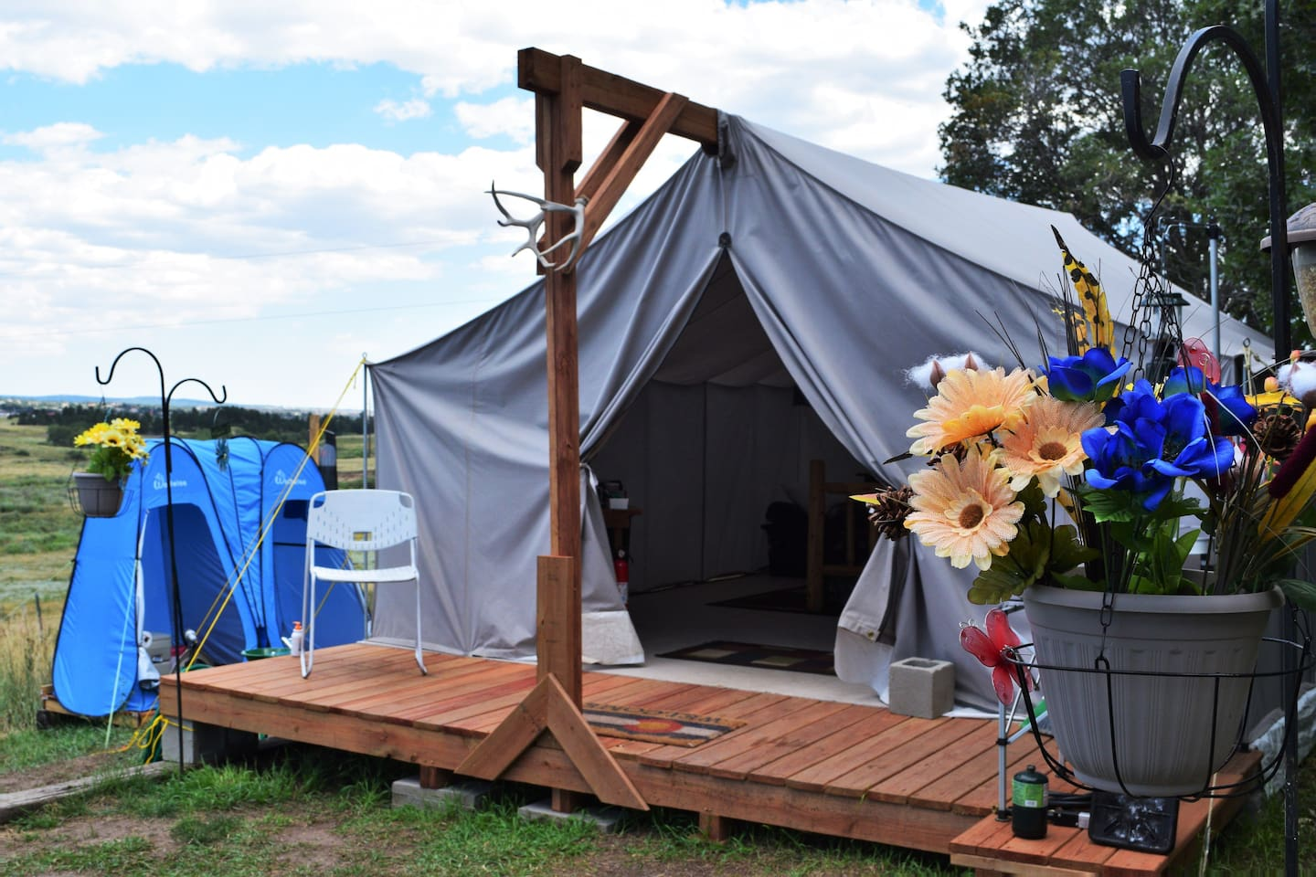 "Welcome to ""glamorous camping""...glamping! NO CAMPING GEAR REQUIRED. You will sleep in a queen-size bed, and our Davis Tent is the best on the market for outfitters tents. Our beautiful 6.5 acres of creek land will be a marvelous adventure for you."