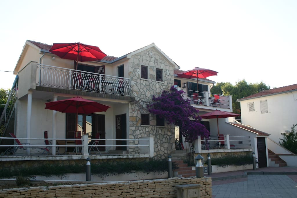 Villa Rosa - Studio apartment is the upper right - private terrace and private entrance