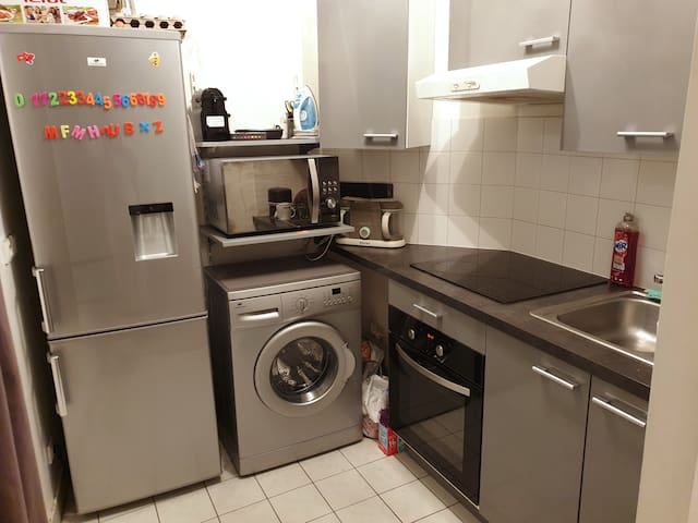 BEL APPARTEMENT COSY + WIFI + PARKING