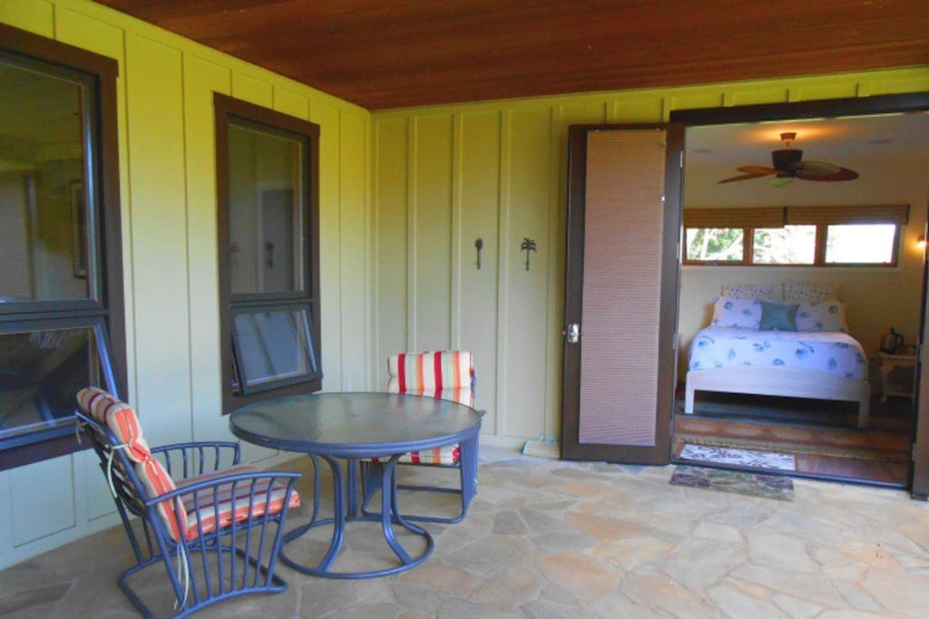 Makai Suite with outdoor seating.