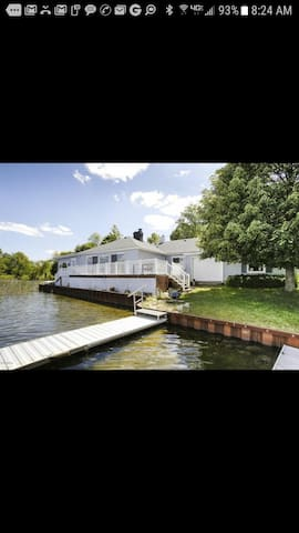 Lake house pontoon rental. Promise not to cancel