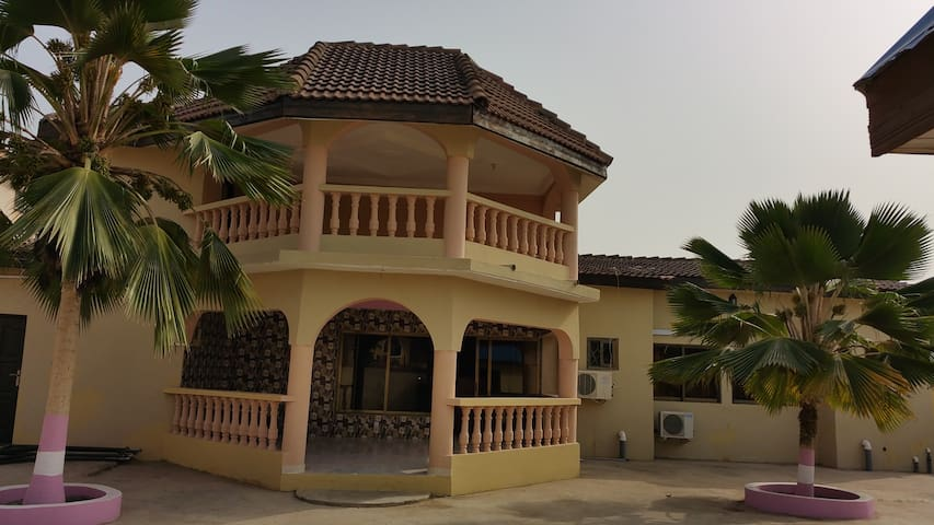 Tropical Nectar Guesthouse - Room 1 - Accra - Bed & Breakfast