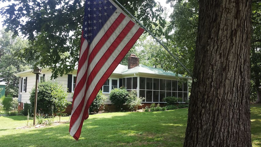 Rental House~12 miles to Tryon Equestrian Center