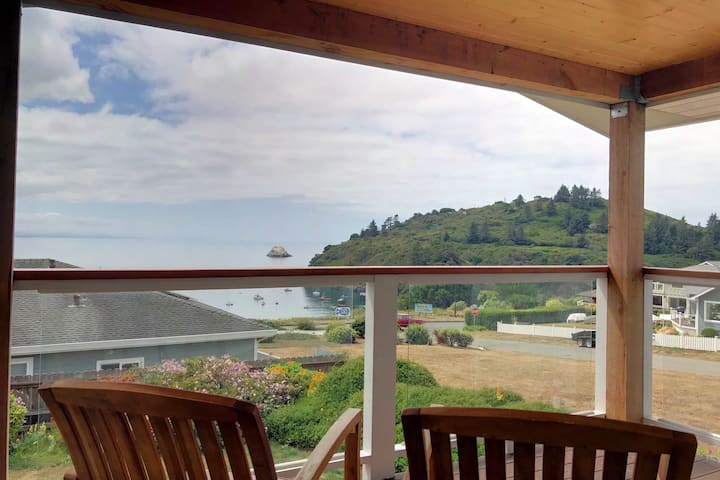 Dog-friendly home w/ ocean views, a shared hot tub, & Ping-Pong
