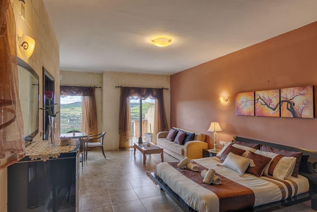 King Suite with Panoramic Views