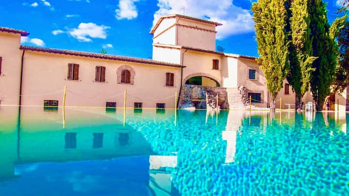 SPOLETO LUXURY MILL HOUSE, SPOLETO CENTRE 10 MINS