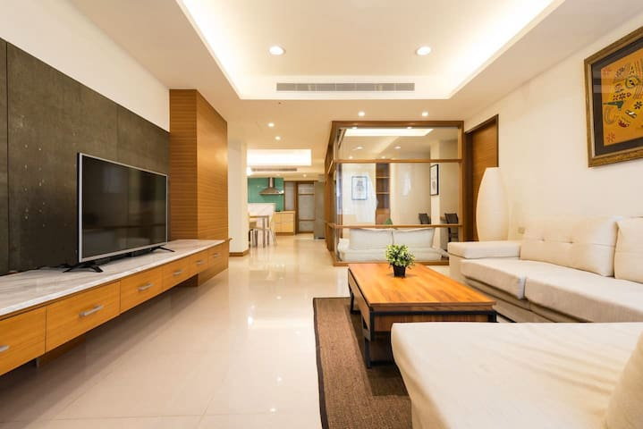 ModernHome 东区精品寓所 DongQu Refined Residence