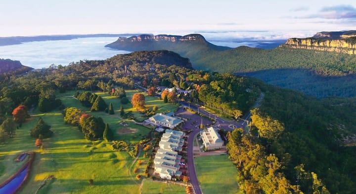 'The Escarpments' in Katoomba