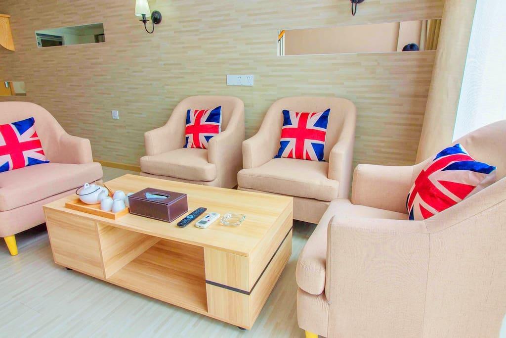 全新客厅沙发茶几