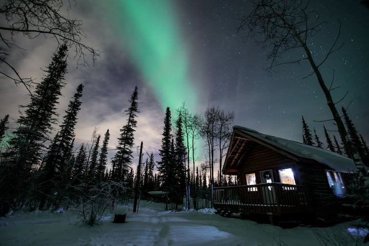 Alaska Aurora Adventures Northern lights Cabin.
