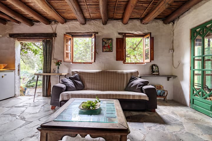 Eco-cottage on beautiful organic farm.Alpujarras