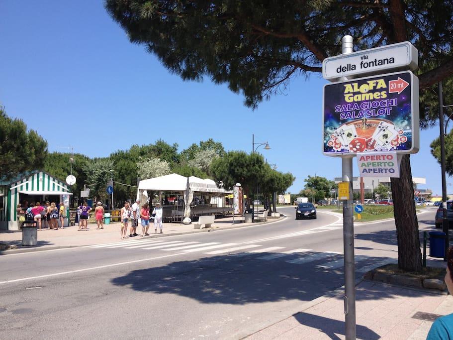 Via della Fontana Park and Piadina kiosk