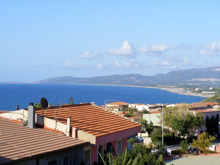 Apartment 300 meters from the sea