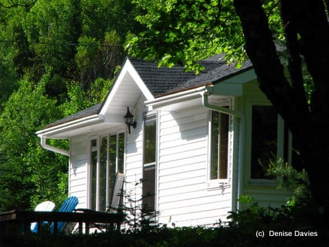 Loonsong Cottage Retreat- A Place with a Heart