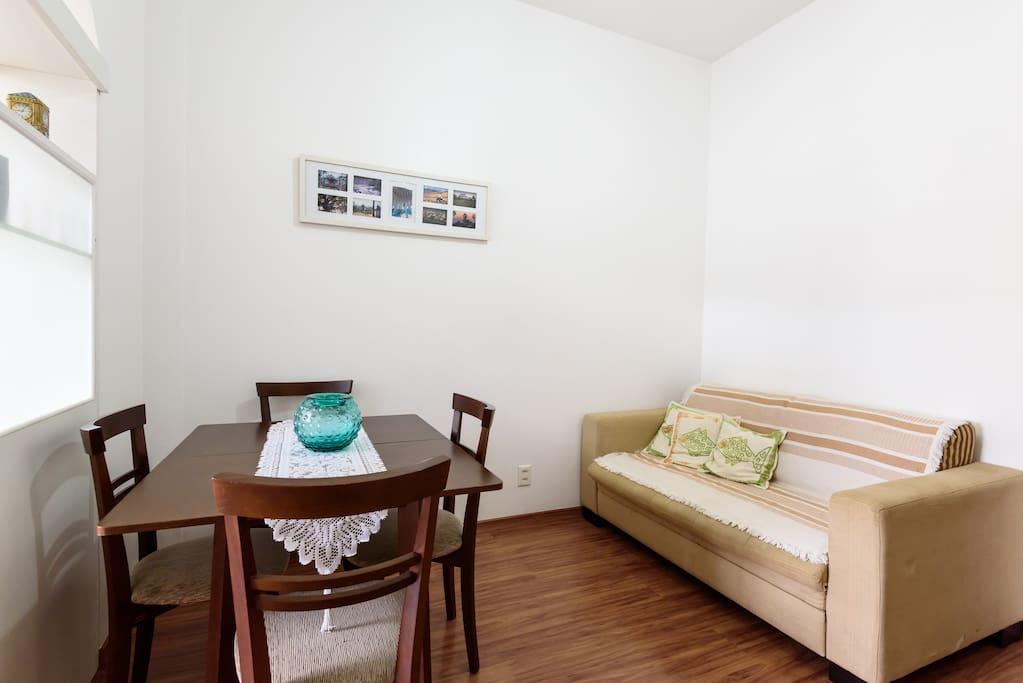 Ante-Sala com sofá-cama