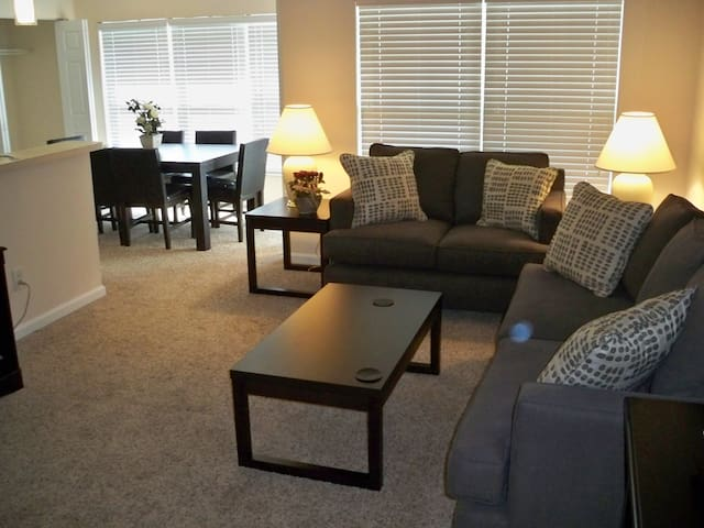 Cozy Cincinnati Location!-2b-3 - Loveland - Appartement