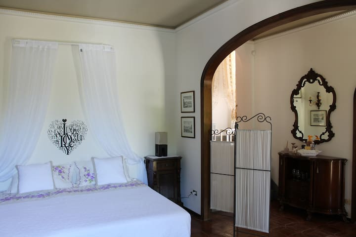 Suite & Garden in historical Villa - Lastra a Signa - Suíte de hóspedes