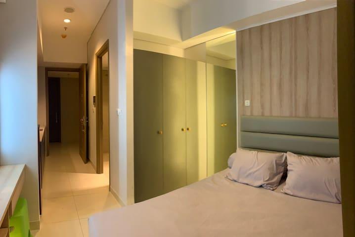 Desain Taman Anggrek Minimalis  airbnba perum taman ratu blok d1 no 27 vacation rentals