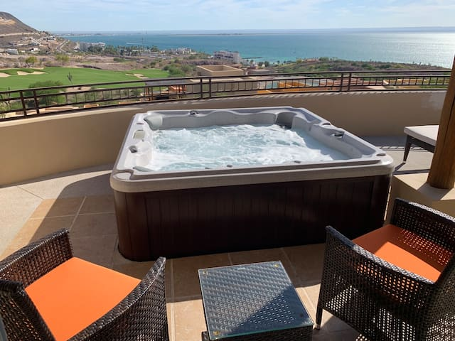Agave House: Best Ocean View with Private Jacuzzi