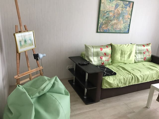 Panoramic apartment 2 rooms/kitchen, new furniture