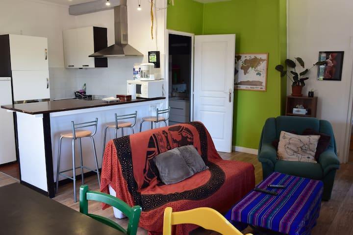 Appartement à la ferme avec étang de pêche