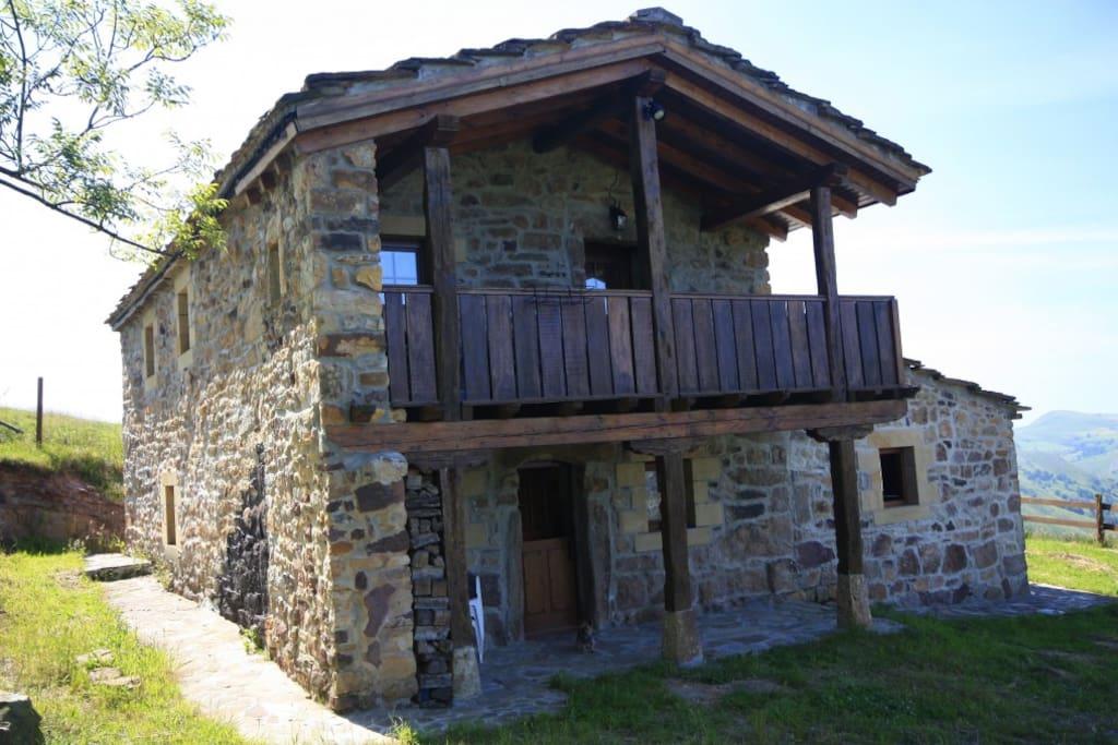 La Cabaña - Vista Principal