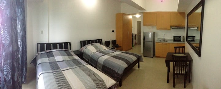 BSA TwinTowers, 1 BR, 2 beds