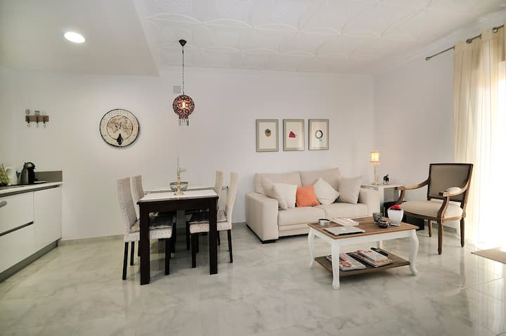 Lovely  apartment in Girona center 3 BR Netflix